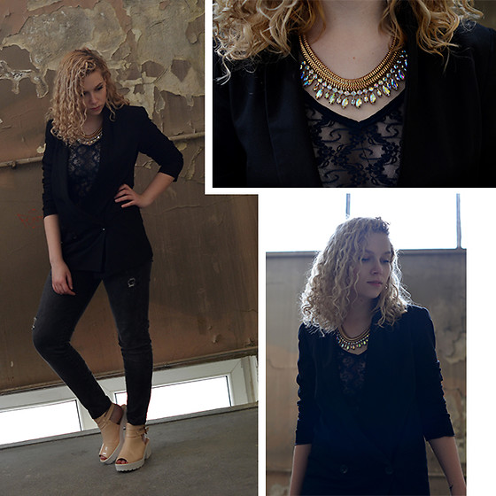 Iga Parker - Five Jeans, Zara Lace Top - Dark
