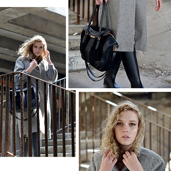 Iga Parker - Thrift Shop Wool Coat - Cold days