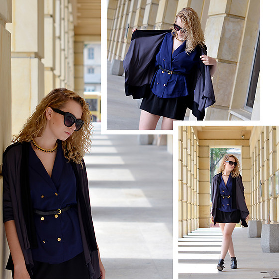 Iga Parker -  - Official