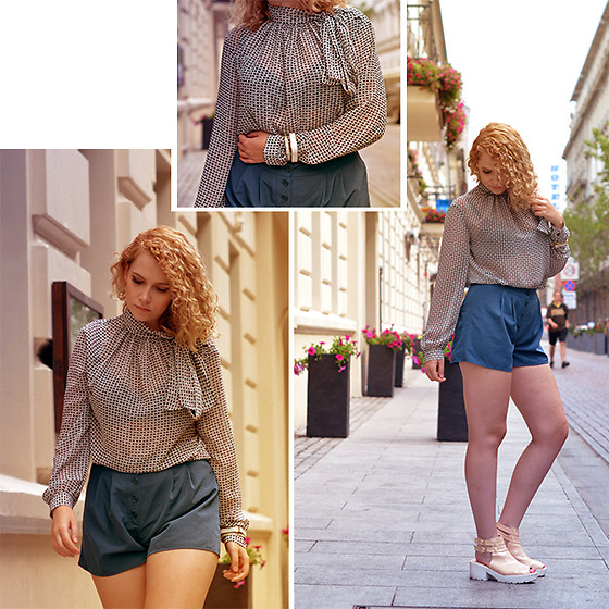 Iga Parker -  - Tea party