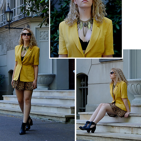 Iga Parker - Thrift Shop Vintage Short Sleeve Blazer, Aldo Cateye Sunglasses - Animal