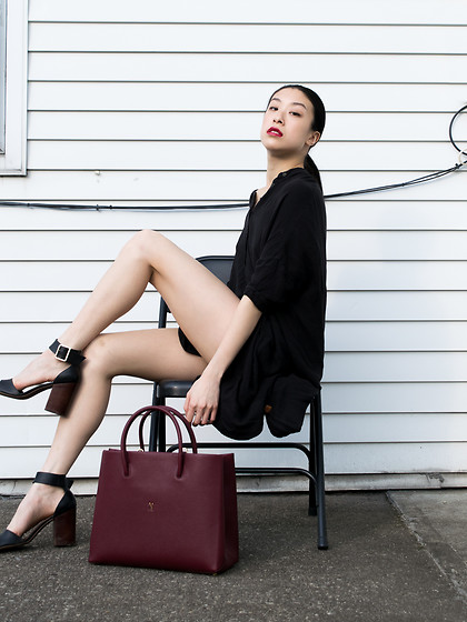 Gi Shieh - Urban Outfitters Black Shirtdress, Steve Madden Black Heeled Sandals, Joseph & Stacey Tote, L, Savage Wine - Joseph & Stacey Handbag Review