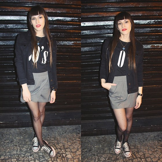 Valéria Przysbeczyski - Billie Brothers Black Jeans, Dresslily 90s Shirt, Armani Exchange Skirt, Converse All Star - The City Night