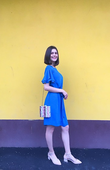 Deborah B - Zara Bag, H&M Dress - Pink 'n Blue ✨