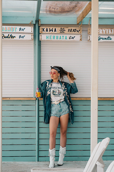 Iwona - Vintage Denim Shorts, Vintage Denim Jacket, Vintage T Shirt - Vintage look