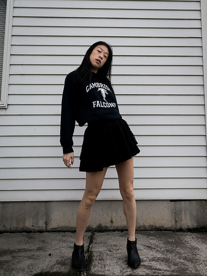 Gi Shieh - Gifted From Preceptors Black & White Graphic Sweater, Forever 21 Black Lace Flared Skirt, Matisse Black Booties - Sweater Weather