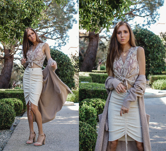 Jenny Mehlmann - H&M Snakeskin Top, Tres Vu Knit Skirt, Forever 21 Long Cardigan, Shoedazzle Nude Sandals - @thehungarianbrunette // FALL NEUTRALS - 3 WAYS TO WEAR