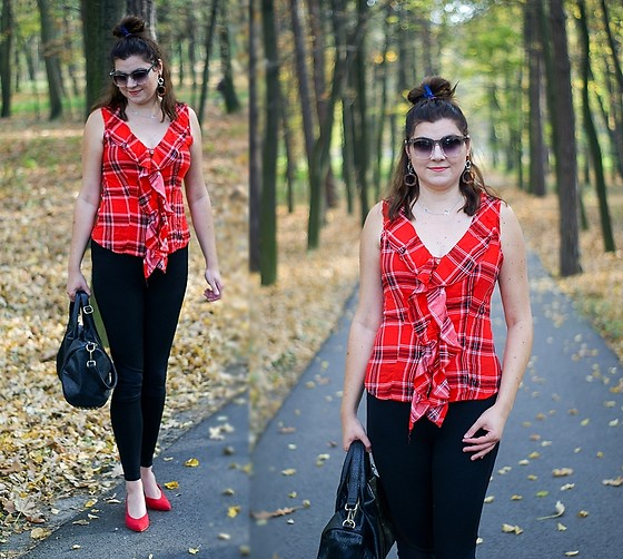Kamila Krawczyk - Dresslily Blouse, Dresslily Bag, Topshop Pants, Stradivarius Shoes - Fall with plaid