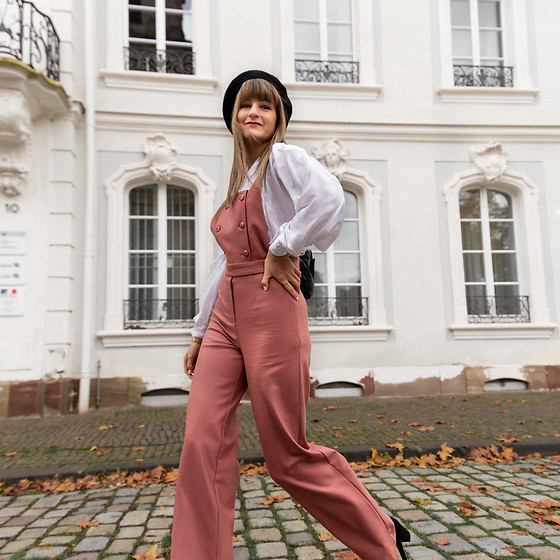Catherine V. - Sezane Dungaree, Vintage Blouse, Pimkie Beret - THE CUTEST DUNGAREE