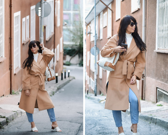 Kaya Peters - Camel Coat, Michael Kors Tote - Classy Camel Coat