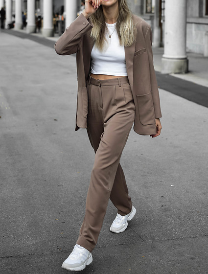 Katarina Vidic -  - Perfect oversized suit