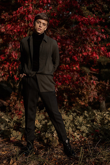 Georg Mallner - H&M Shirt, Asos Turtleneck, Topman Pants, Dr. Martens Dr - December 01, 2019