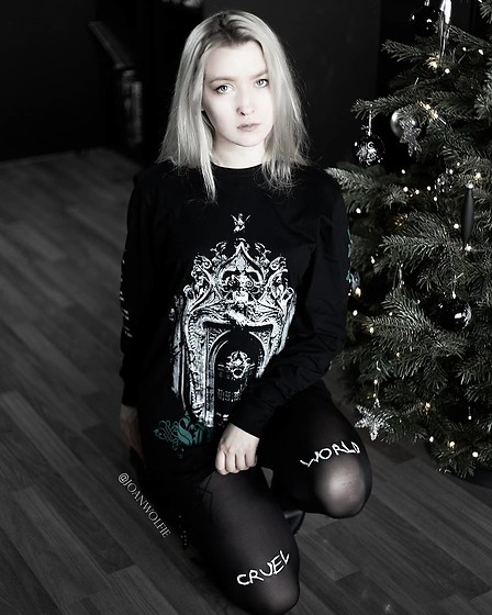Joan Wolfie - Dolls Kill Tee, Dolls Kill Tights - CRUEL WORLD // Joan Wolfie
