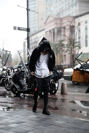 INWON LEE - Byther Skull Logo Loose Zip Up Hoodie, Byther Custom Under Paint Loose Neck Line T Shirt, Byther Techwear Clip Strap Weaving Jogger Pants - Techwear vibe Can't Don't Stop