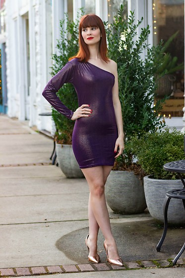 Bleu Avenue Ofbleuavenue - Femme Luxe Purple Iridescent One Shoulder Bodycon Mini Dress Mariah - Sparkle & Glitter for New Year's Eve