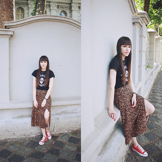 Valéria Przysbeczyski - Youcom Long Skirt, Converse - A Little Piece Of Heaven