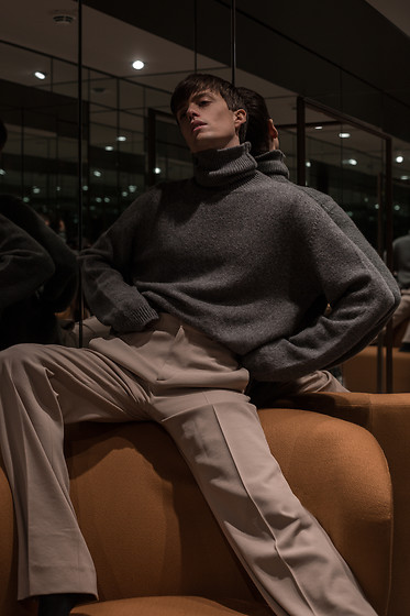 Georg Mallner - Balenciaga Pants, H&M Pullover - January 09, 2020
