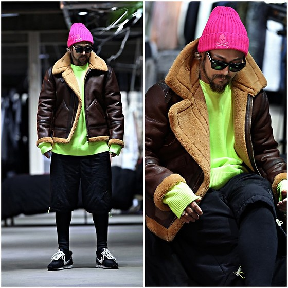 INWON LEE - Byther Shearing Jacket, Byther Casual Neon Color Loose Fit Knit Sweater, Byther Beanie - Bright Neon Sweater