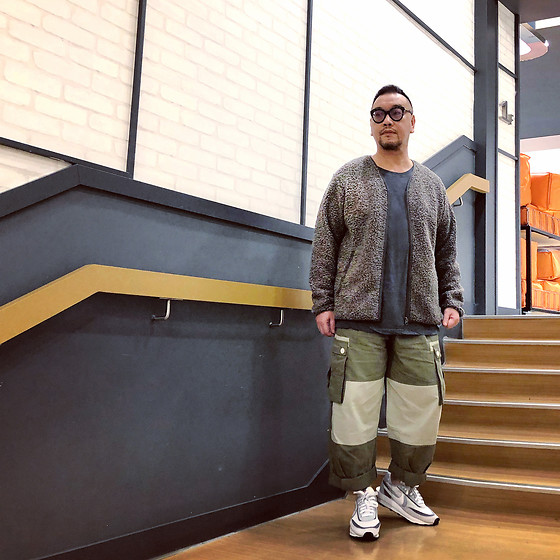 Mannix Lo - Uniqlo Fleece Zip Up Jacket, H&M Washed Pocket Tee, Online Shop Patchwork Cargo Pants, Sacai X Nike Ldv Waffle Sneakers - Always wrong person teaches right lessons of life