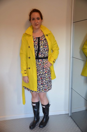 Sarah M - Mcgregor Trench, Promod Dress - Trench & Wellies