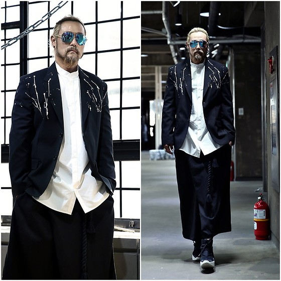 INWON LEE - Byther White Paint Drip Two Button Jacket, Byther Wide Pants, Byther Stand Collar - Self Painted Blazer