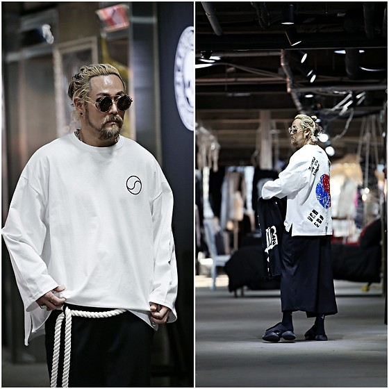 INWON LEE - Byther Oversized Loose Fit Long Sleeve, Byther Wide Baggy Pants, Byther Rope Belt - Korean Flag Shirt in White