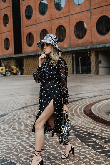 Joicy Muniz - Zara Hat, Tommy Hilfiger Dress, Christian Dior Bag, Raye The Label Shoes - Polka Dots