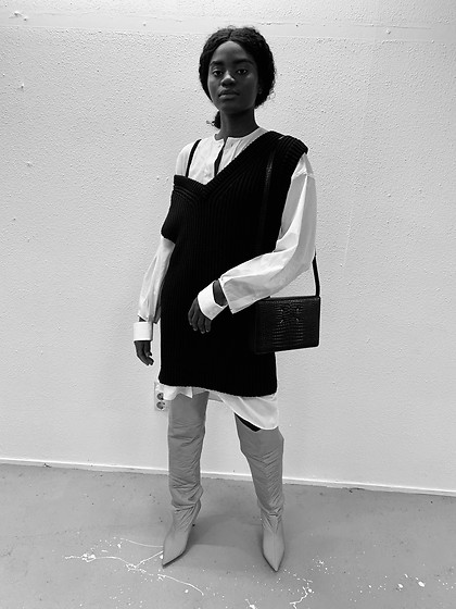 Princess Alpha - Yeezy Boots, Maison Martin Margiela Shoulder Bag, Maison Martin Margiela Oversized Blouse - #stayhome quarantine @lookbook