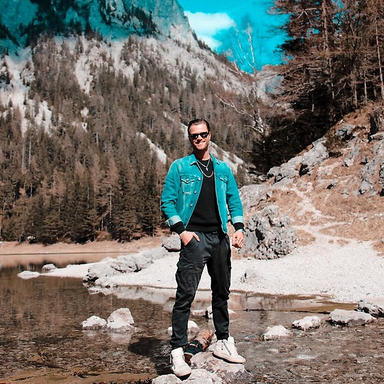 Alexander Renzl - Crime London White Sneakers, Jack And Jones Black Combat Pants, Alpha Industries Black Pullover, Replay Blue Denim Jacket, Ray Ban Wayfarer Sunglasses - Blue lagoon