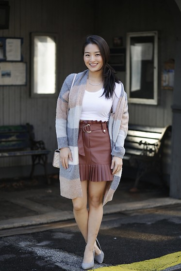 Kimberly Kong - Zara Pleated Faux Leather Skirt, Cents Of Style Oversized Cardigan - Two Ways to Wear a Faux Leather Skirt