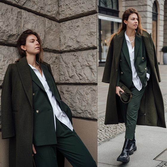 Jacky - Asos Trenchcoat, Asos Blazer, Topshop Shirt, Asos Pants, Asos Boots - Green suit combined with green coat