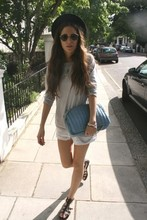 Gala Gonzalez - Ray Ban Sunglasses - What evahhhhhhhhhhhh in chelsea