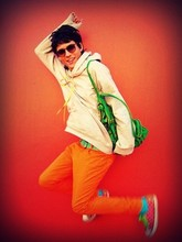 Dhioy N. - Converse, Bag Green, Second Hand Sunglasses, Orange Pants - Hey let's go jump!