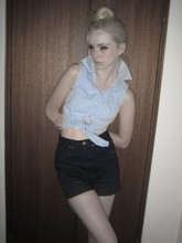 Sophy Jones - Levi's® Blue Midriff Shirt, Lee Jeans High Waisted Shorts - Blue Shirt