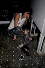 Ub-ib Indradat - Horror Tshirt, Topshop Leopard Legging, Zara Black Suade Shoes - I rock and I drunk