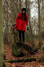 Alix - - Vintage Hat, Vintage Coat, Vintage Gloves, Zara Shoes - Red soldier