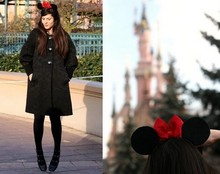 Alix - - Minnie Ears Found On Ebay, Zara Coat, Chloé Shoes - Jumping minnie
