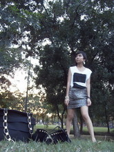 Ub-ib Indradat - Greyhound White Top, Truth Leopard Mini Skirt, Ferragamo Handbog - Tiger in the forest...