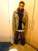 Richie O. - Timberland Mid Top Boots, Timberland Grey, Loose Fit Jeans, H&M Jacket - Never late again...