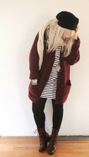 Christina S. - Gina Tricot Baggy Beanie, Bik Bok Knitted Cardigan, Din Sko Leather Boots, H&M Oversized Striped Tunic - Baggy Monday