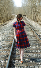 Aya Smith - Hottopic Sweetheart Glasses, Vintage 1950s Junior Dress, Goodwill Shoes - 1950's Junior Dress
