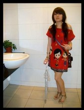 Valentina Chua - Daiso Umbrella - Little red riding hood. sorta.