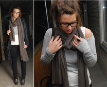 Camilla . - My Boyfriends Glasses, American Vintage Scarf, H&M Short Top, H&M Leather Jacket, H&M Jeans, Zara Bag - On a tuesday