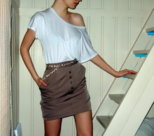 Salla . - T Shirt, H&M Belt, Secondhand Skirt - First