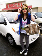 Ivy Xu - Toyota My Super Cute Yaris - Hey can you tell me where is the Target?