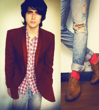 Andres Espinosa - Local Store Red Blazer, Zara Shirt, Tennis Jeans, Red Socks, Ac Shoes - Rebel Never Gets Old