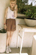 Elle Karlsson - American Apparel Skirt, Weekday Tanktop, Converse, Homemade Bracelets - Us ones in between