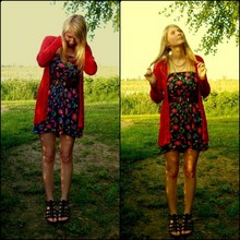 ANNIE MARIE - Deichmann Gladiators, New Look Brown Belt, Red Cardigan, Dress With Flower Pattern, Gold Chains - Summer at last...
