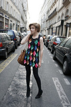 Amélie B. - Asos Harlequin Top, Vintage Leather Bag, H&M Black Tights, Vintage Studded Boots - She's a color scientist