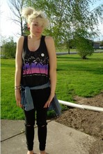 Megan Campagnolo - 69 Vintage T Shirt Made Tanktop, Bdg Denim Shirt, Shank Black Ripped Skinny Jeans - Summertime clothes